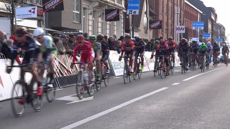 File:Harelbeke - Driedaagse van West-Vlaanderen, etappe 1, 7 maart 2015, aankomst (A52A).ogv