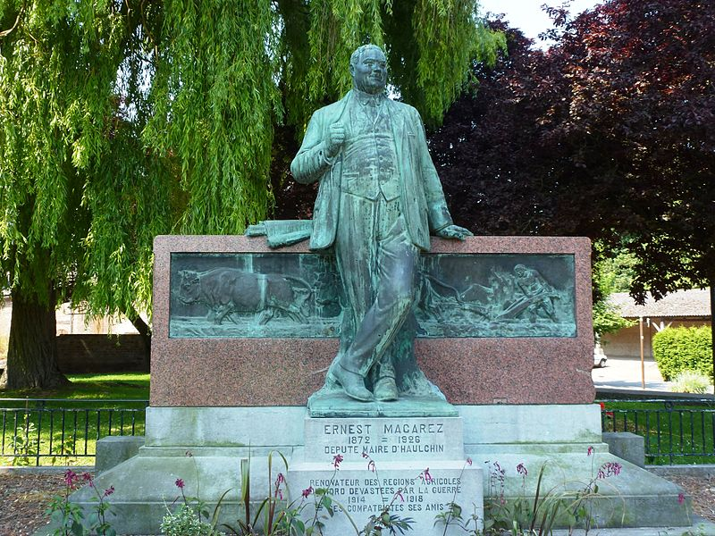 Haulchin (Nord, Fr) statue monument Ernest Macarez
