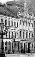 Haus Alleestraße 42 in Düsseldorf, innen umgebaut durch Jacobs & Wehling (1862-1913), Außenansicht (links angeschnitten Haus 40).jpg