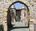 Heimbach - Burg Hengebach 4 ies.jpg