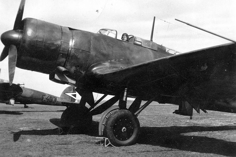 File:Heinkel He-70K típusú távolfelderítő repülőgép. Fortepan 26468.jpg