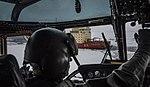 Helicóptero Sea King y ARA Almirante Irizar.jpg