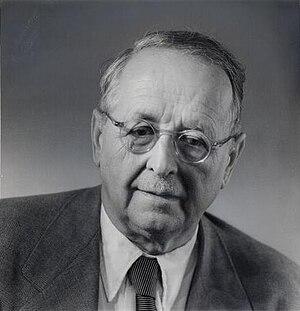 Representation theory of the Lorentz group - Image: Hermann Weyl ETH Bib Portr 00890