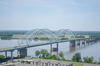 Hernando de Soto Bridge - Hernando de Soto Bridge photographed from the Memphis Pyramid