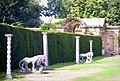 Hever Castle Lions - geograph.org.uk - 228941.jpg