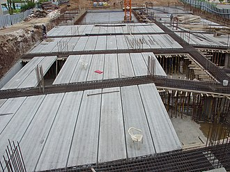 Hollow-core slab - Photograph of a hollowcore assembly
