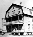 Hotel Robichaud 1920 Lamèque.jpg