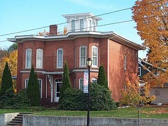 Mount Morris (village), New York - Image: House at No 8 State Street Oct 09