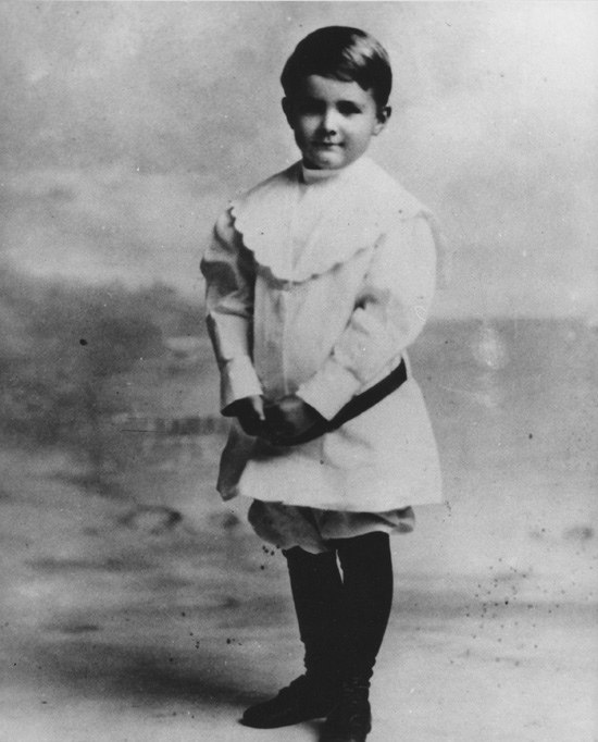 Howard Hughes as child (4729132038)