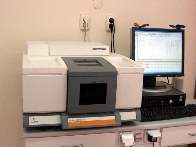 IR spectrometer