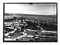 Ifpo 21400 Syrie, gouvernorat de Hama, Tell Hama et Hama traversée par l'Oronte, vue aérienne oblique.jpg