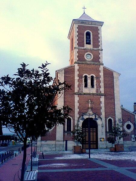 Fitxategi:Iglesia de Boecillo.jpg