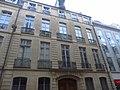 Immeuble 32 rue Saint-Guillaume (MH).JPG