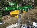 Indicador vora Santa Magdalena del Mont (març 2011) - panoramio.jpg
