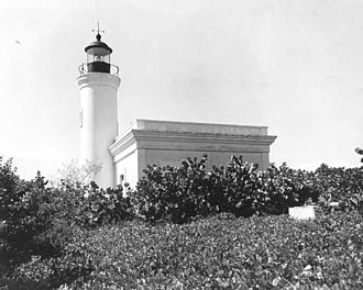 Cardona Island Light - Image: Islacardona