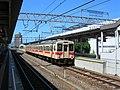 JRwestSakurai-Station Platform2008-08-31.jpg