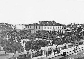 Praça do Almada - The 19th-century garden.