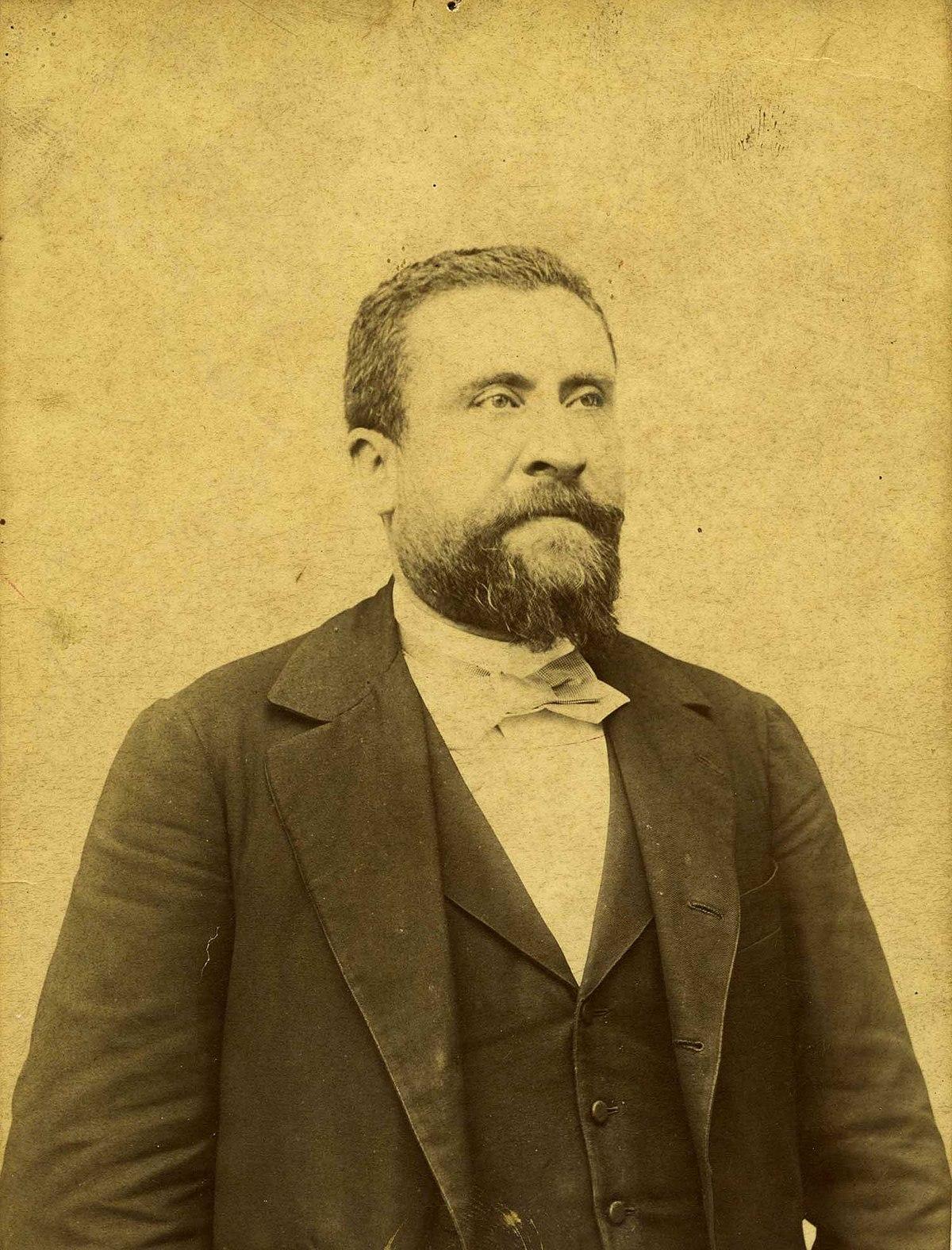 Jean Jaurès vers 1892.jpg
