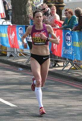 Jo Pavey, London Marathon 2011 (cropped).jpg