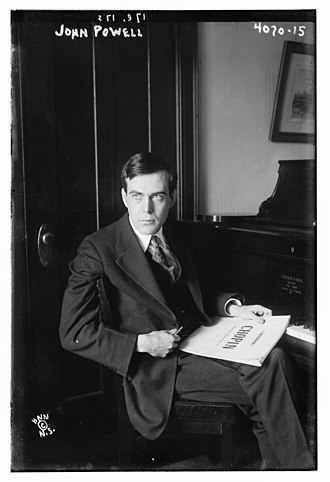 John Powell (musician) - Powell at piano in 1916