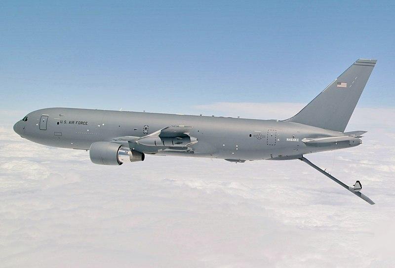 KC-46 Pegasus prepares to refuel C-17 (cropped).jpg