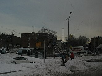 Kings Highway (Brooklyn) - Snow piles on Kings Highway