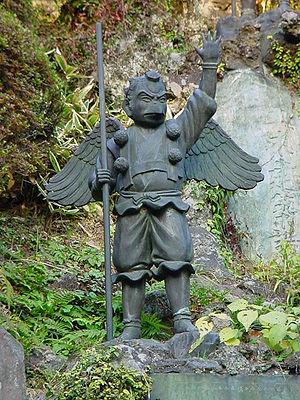 Tokin (headwear) - Statue of a Karasu-Tengu as Yamabushi wearing a Tokin on the head, Kenchō-ji