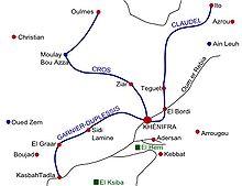 Mapo montrante al la kompromisoj kaj francajn antaŭpostenojn al la nordokcidente de Khénifra kaj la itinero de tri francaj kolumnoj alproksimiĝante al la urbo de la okcidento, nordo kaj oriento
