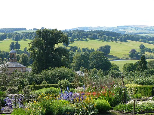 Kitchen Garden and Stables - Chatsworth - geograph.org.uk - 1712734