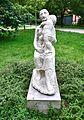 Kobieta z dzieckiem Alina Szapocznikow park Żołnierzy Żywiciela.jpg