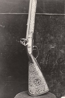 King Christian V's rifle made by Trondheim's weapon-maker Lars Berg. Kong Christian Vs gevaer laget av vapensmed Lars Berg i Trondhjem (2722665340).jpg