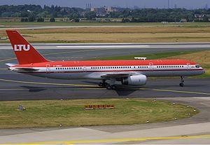 LTU Boeing 757 Spijkers.jpg