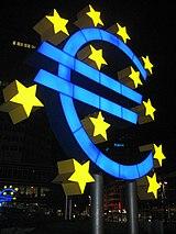 A pesar de la situación de la banca española, la Bolsa repunta lentamente