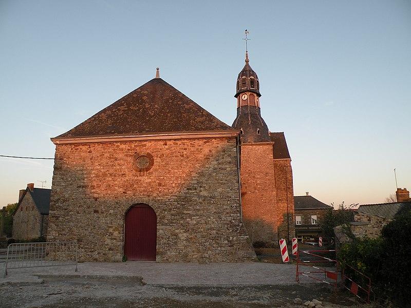 Église Saint-Jean-Baptiste de La Croixille: façade ouest.