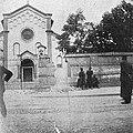 La cultura moderna - Milano 1898. La breccia sui muri di cinta del convento.jpg