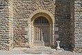La porte principale d'Eglise Notre-Dame-des-Champs de Mostuejouls.jpg