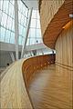 La rampe daccès à la grande salle de lOpéra (Oslo) (4881931812).jpg
