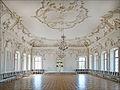 La salon blanc (Palais de Rundale) (7656400814).jpg