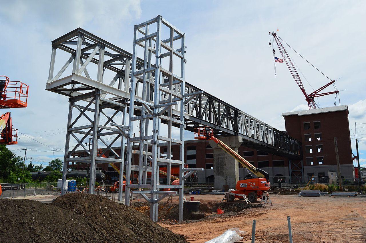 File lansdale parking garage construction july for Garage building contractors