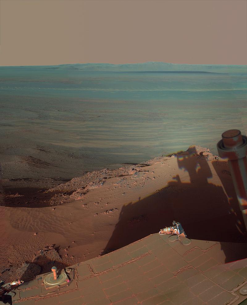 Curiosity en Marte, un hito en la exploración espacial - Página 8 800px-Late_Afternoon_Shadows_at_Endeavour_Crater_on_Mars