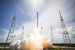 Launch of Falcon 9 carrying ORBCOMM OG2-M1 (16236321533).jpg