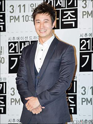 Lee Hoon (actor)