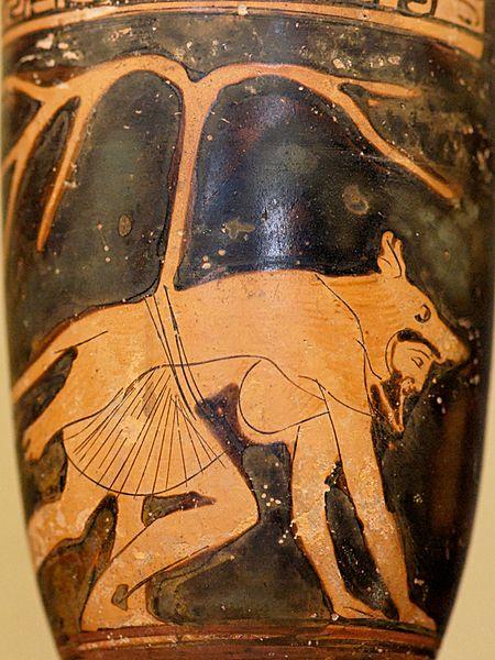 File:Lekythos Dolon Louvre CA1802.jpg