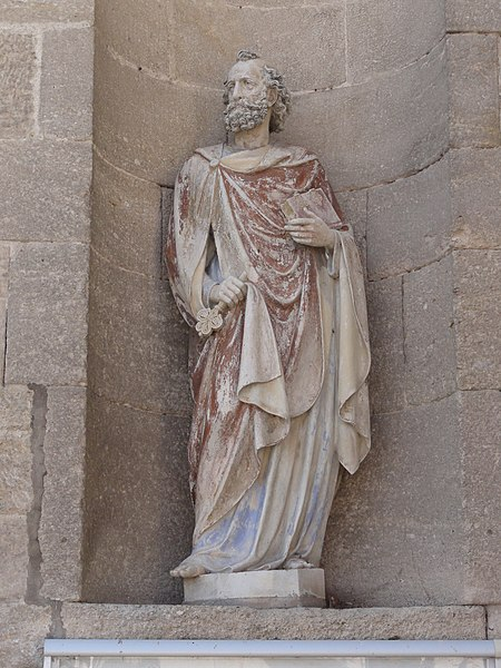 Les Monthairons (Meuse) église, façade, statue A