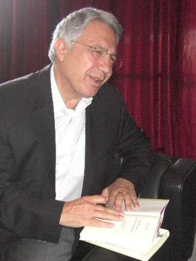 Picture of an author: Zülfü Livaneli
