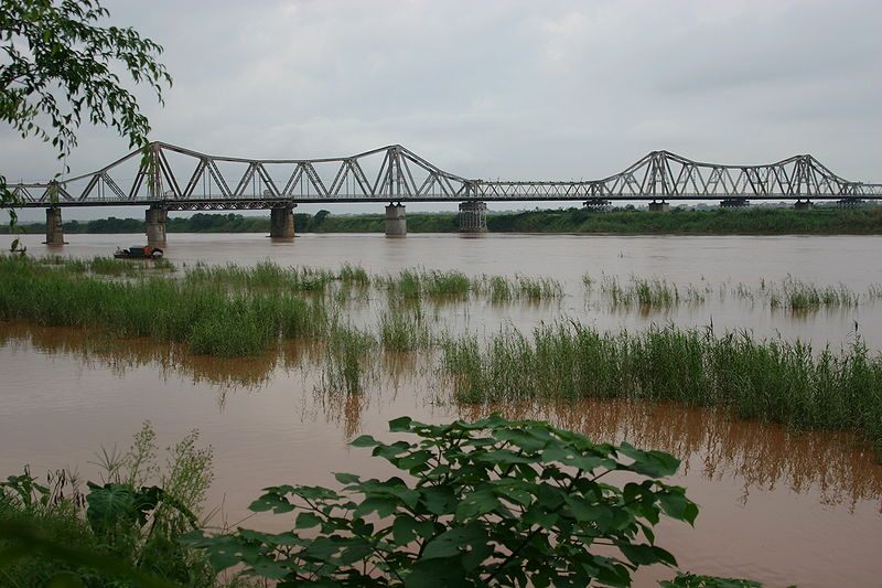 File:Long bien bridge.jpg