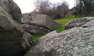 Little Kit's Coty House - Closeup of the stones