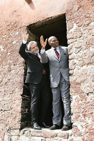 Abdoulaye Wade - President of Brazil Lula da Silva and Wade, in April 2005.