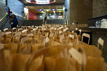 Lunch bags for attendees of Wikimania 2014.jpg