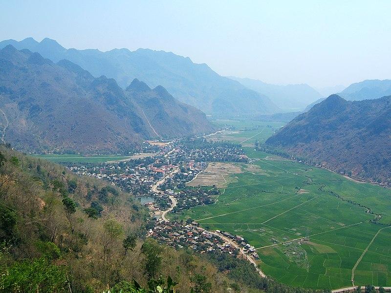 Tập tin:Mai Chau 2008.jpg
